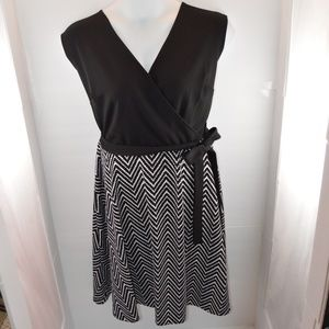 Sandra Darren B&W Chevron Faux Wrap Belted Dress